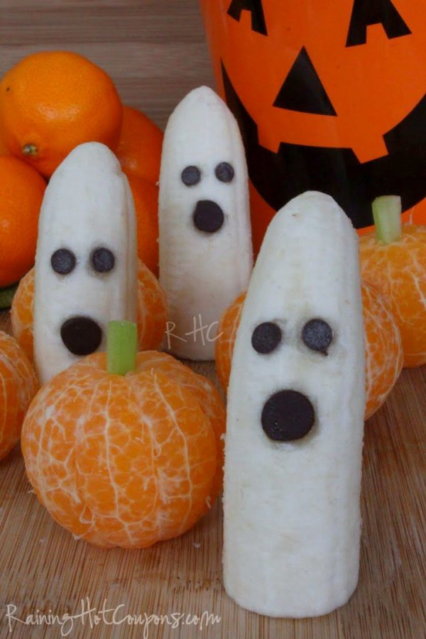 A Healthy Halloween - Clementines and Bananas