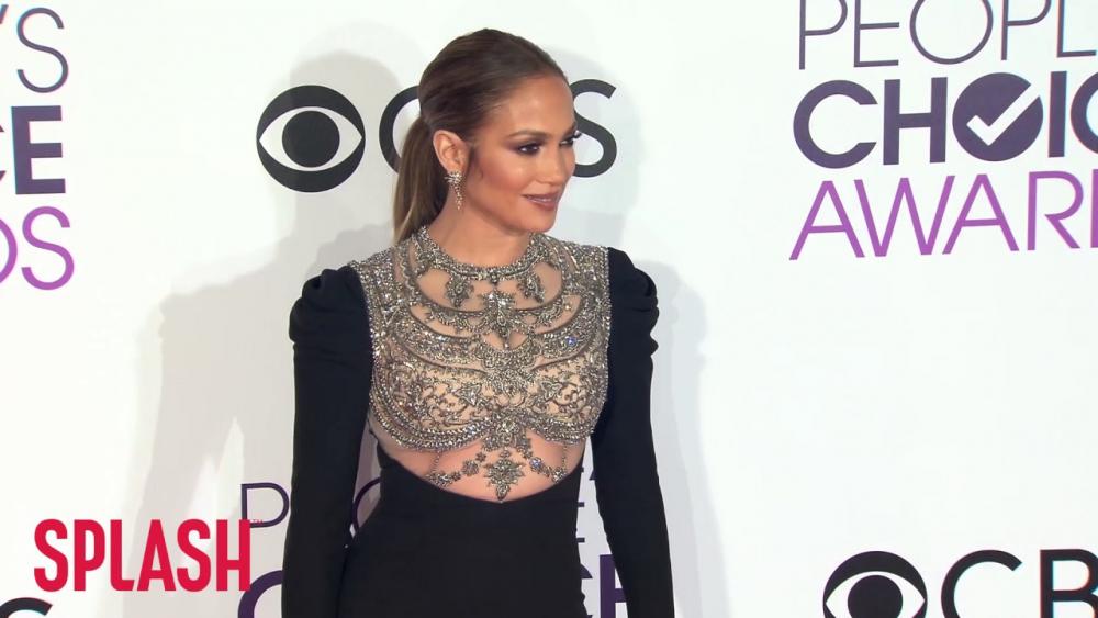 Jennifer Lopez Worried She'd Never Have Children | Splash News TV 🎥