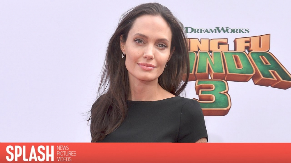 Angelina Jolie is in Family Therapy with the Kids | Splash News TV 🎥
