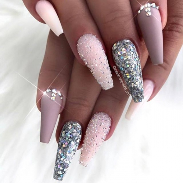 16 of Today's Brilliant 💡 Nail Inspo for Mani-obsesssed Girls ...