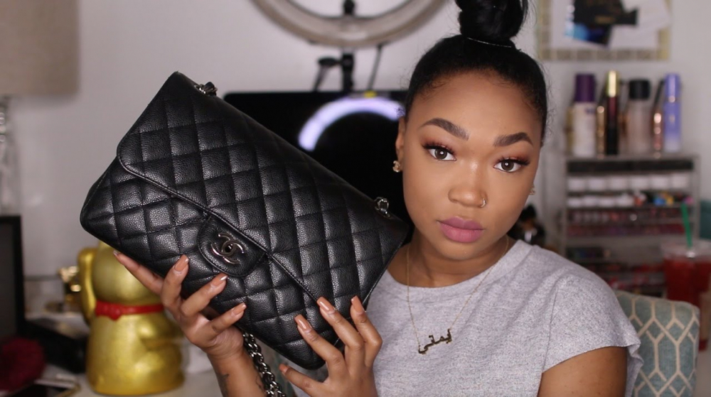 Whats In My Purse|DOLLFACEBEAUTYX 🎥