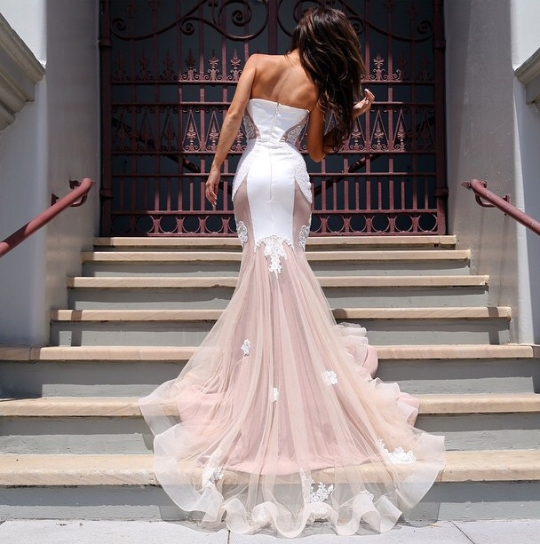 INSPIRATION FOR WEDDING DRESSES
