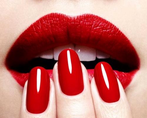 12 MAC Lipsticks & Reviews