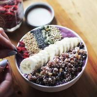 Here's How to Build the Perfect Smoothie Bowl to Lose Weight ...
