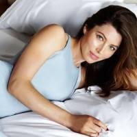 7 Beauty Benefits of Sleeping on a Satin Pillowcase ...