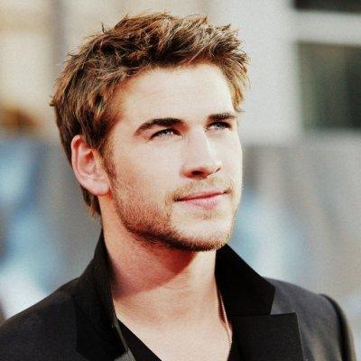 LOL - Watch the Hunger Games' Liam Hemsworth Strut His Stuff in High Heels ...
