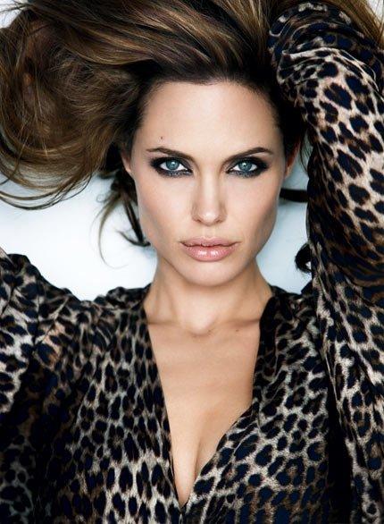 Angelina Jolie – 6 Children
