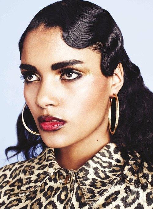 7 Amazing Makeup Tips For Women With Dark Hair ... Makeup