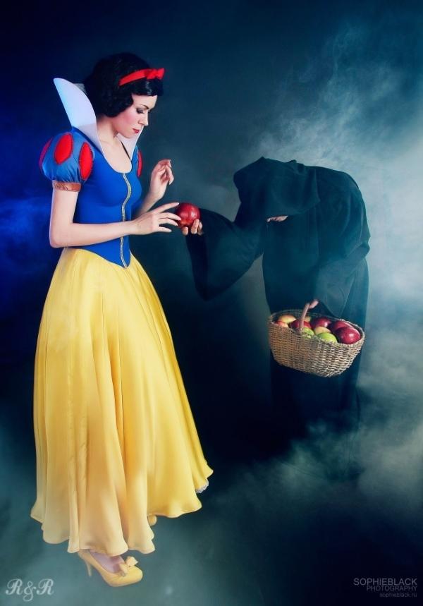 Snow White –Snow White