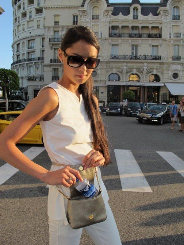 Hotel de Paris, Monte Carlo Casino, clothing, hair, hairstyle,