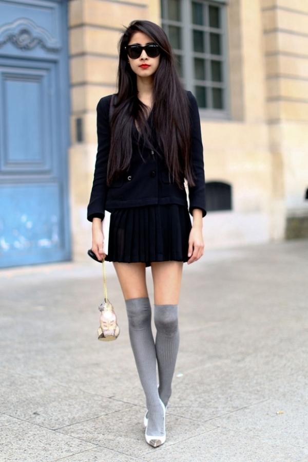 Schoolgirl Edge