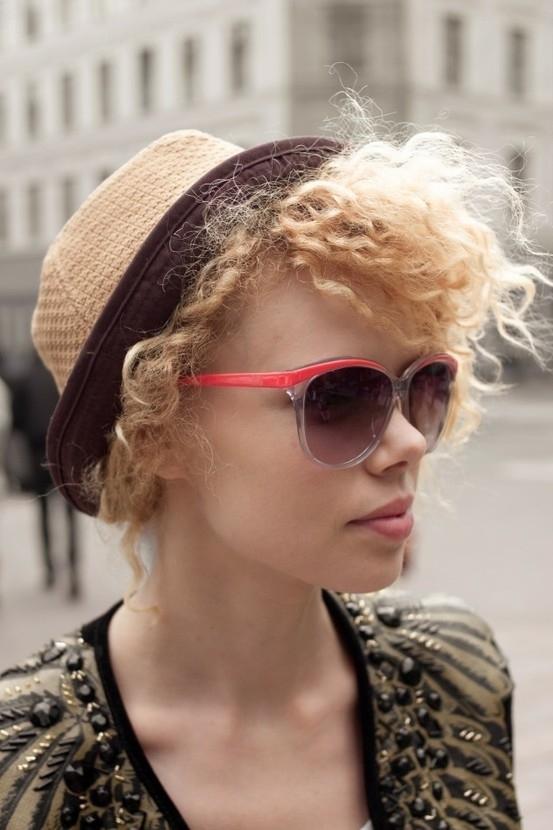 eyewear, clothing, hair, blond, sunglasses,