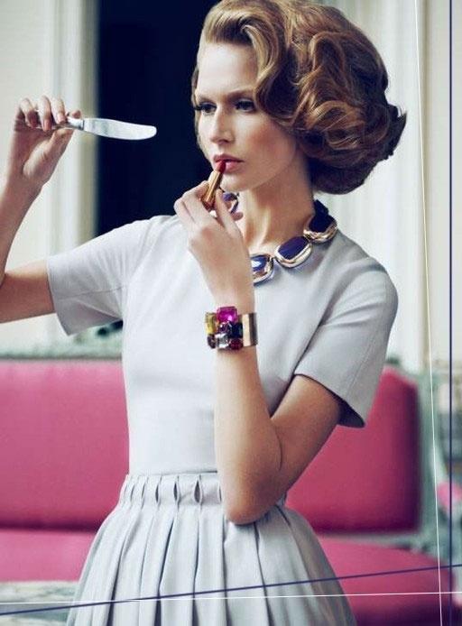 clothing, hair, hairstyle, eyewear, eye glass accessory,