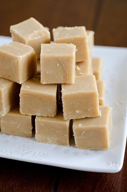 Healthy Pumpkin Peanut Butter Fudge