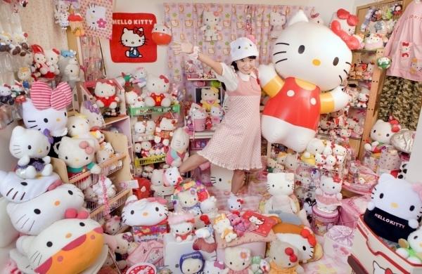 Asako Kanda – Hello Kitty