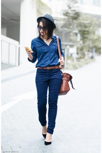 clothing, denim, snapshot, jeans, footwear,