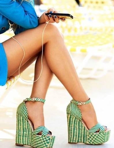 clothing, footwear, leg, shoe, thigh,