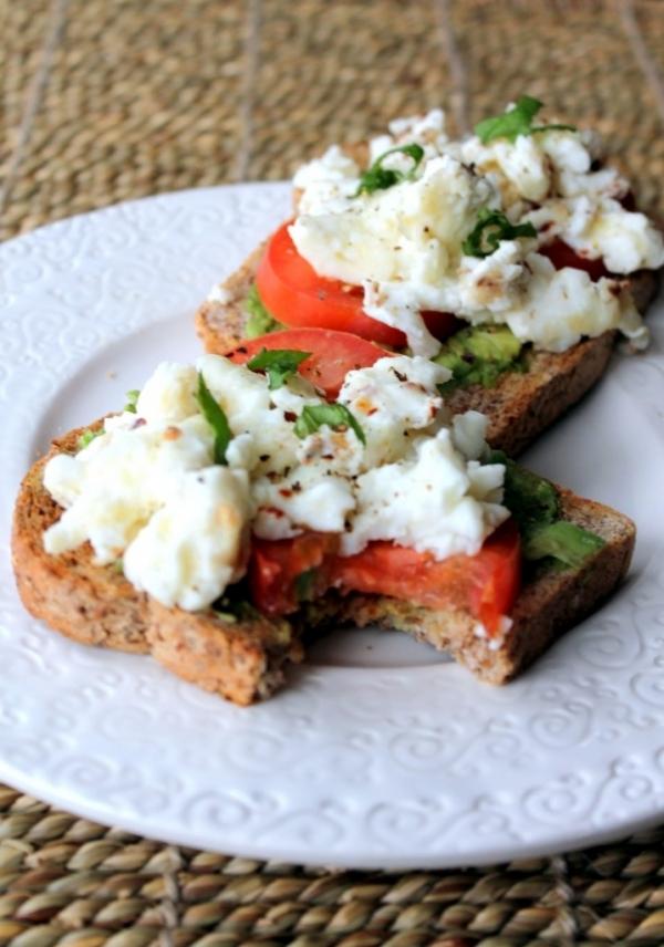Egg White and Tomato Sandwich