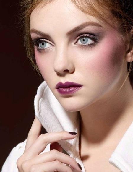 Keep Eye Makeup Neutral