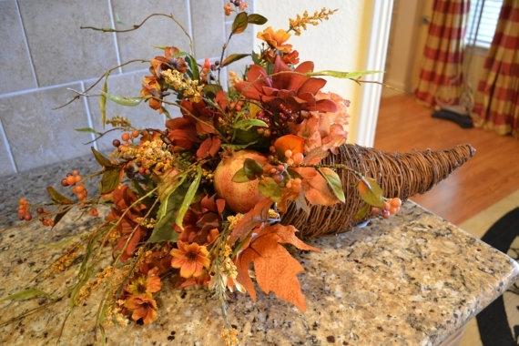 Harvest Cornucopia - 7 Simple Thanksgiving Decorations for ...