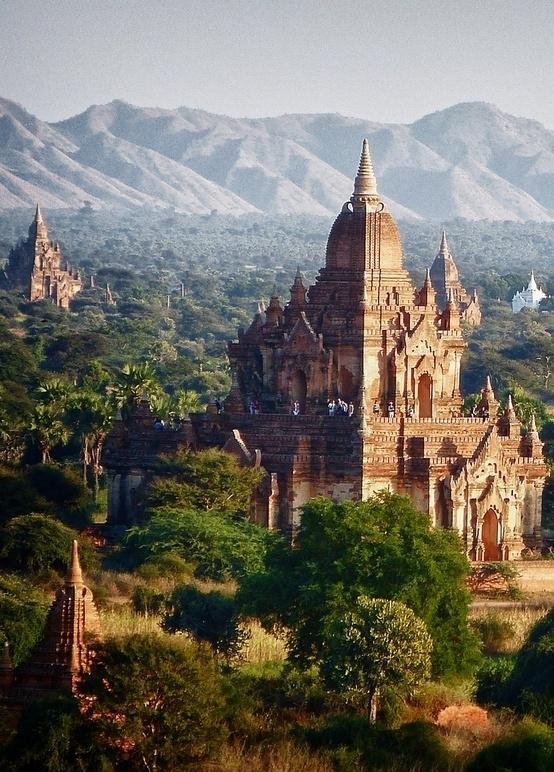 Meander in Myanmar