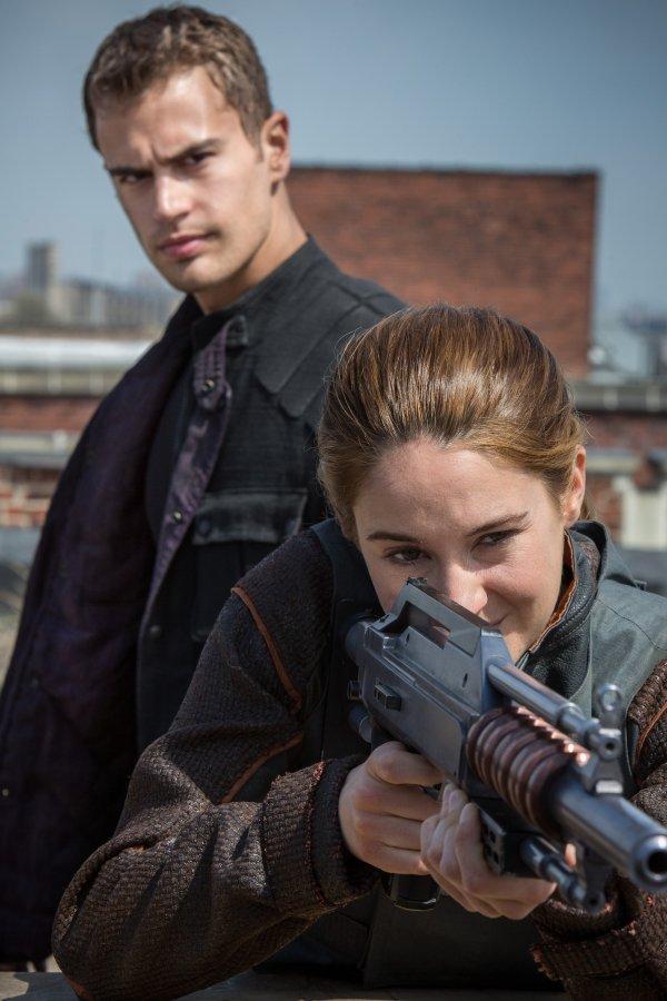 """Theo James in """"Divergent"""""""