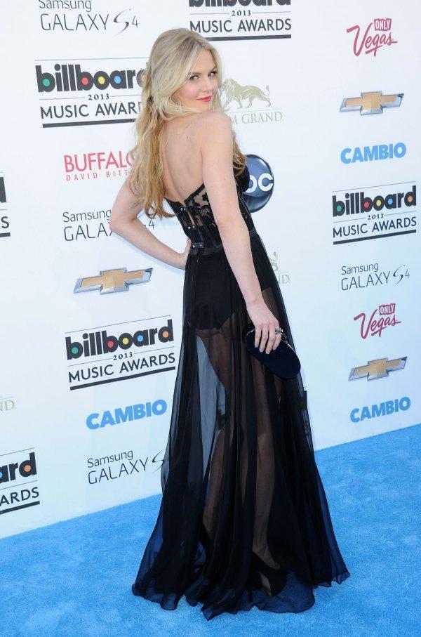 Jennifer Morrison, Billboard Awards 2013