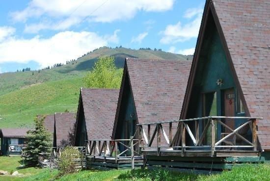 Camp Creek Inn