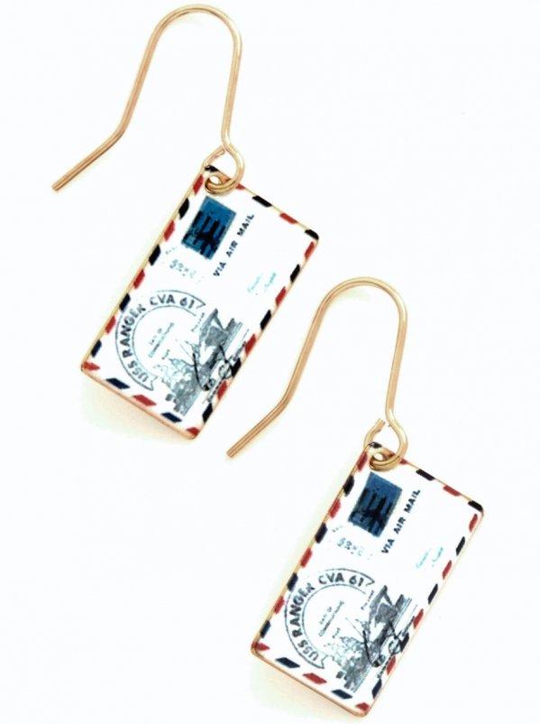 Postage do Earrings