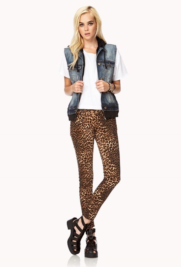 Forever 21 – Untamed Leopard Skinny Jeans