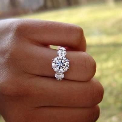 ring,jewellery,fashion accessory,hand,wedding ring,