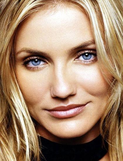 hair,eyebrow,human hair color,face,blond,