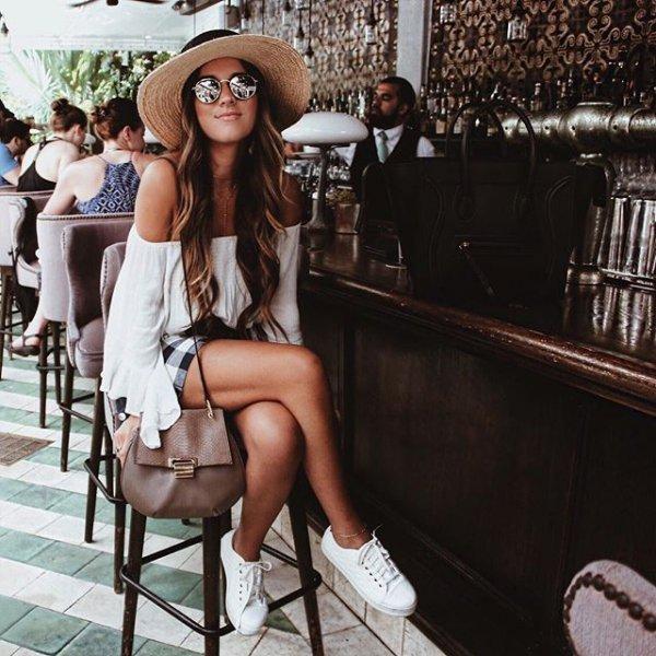 clothing, lady, supermodel, fashion, leg,