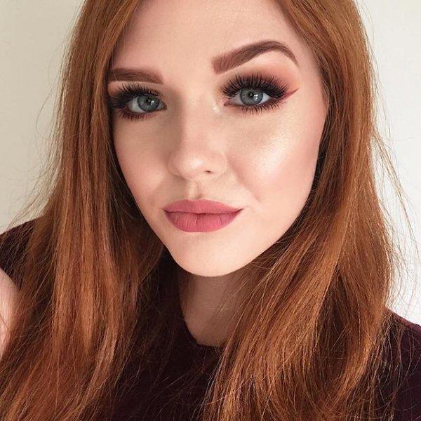 hair,human hair color,face,eyebrow,lip,