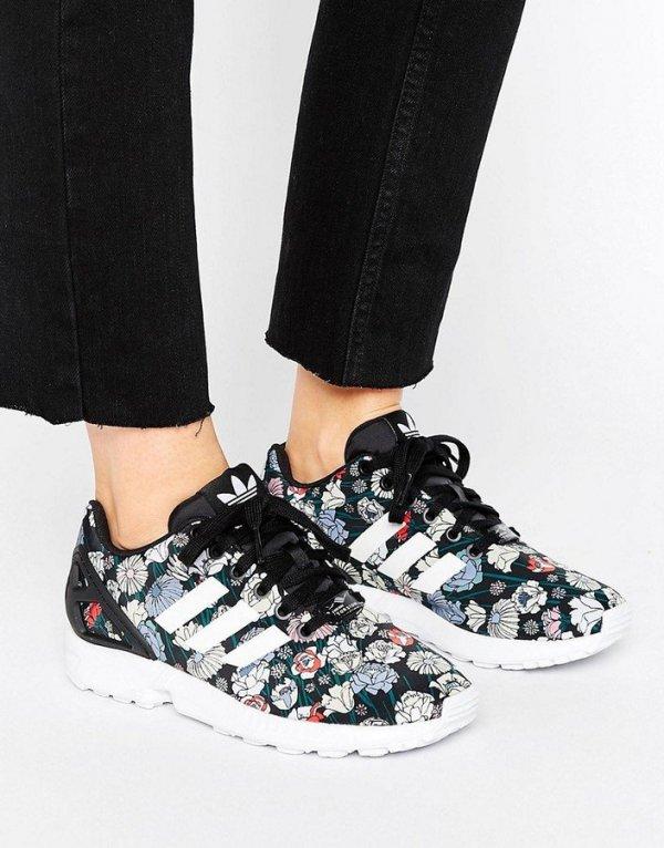footwear, shoe, black, sneakers, leg,