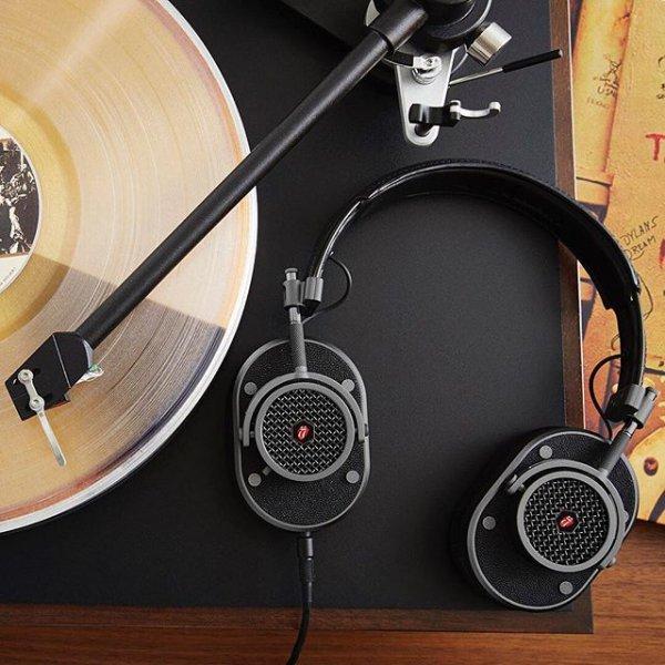 headphones, audio equipment, gadget, technology, audio,