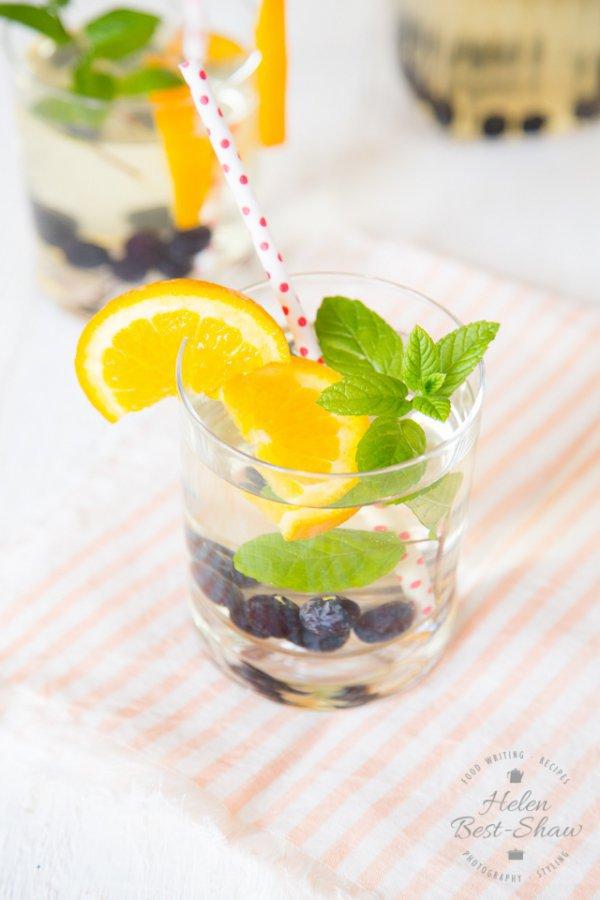 drink, cocktail, non alcoholic beverage, cocktail garnish, mojito,