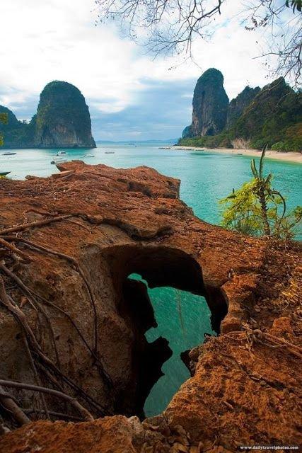Railay Beach, Railay, Thailand