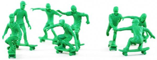 Toy Boarders 24pc Skateboard Figures