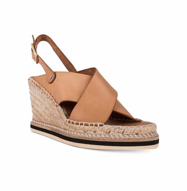 footwear,brown,shoe,leather,beige,