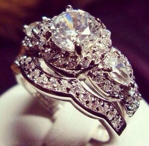 jewellery,fashion accessory,ring,diamond,gemstone,