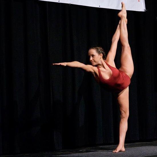 Dancer Split