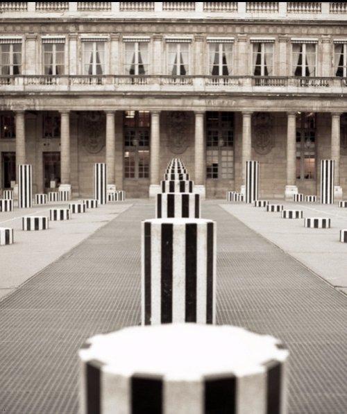 Palais Royal, white, black, black and white, structure,