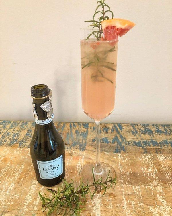 liqueur, drink, alcoholic beverage, distilled beverage, glass bottle,