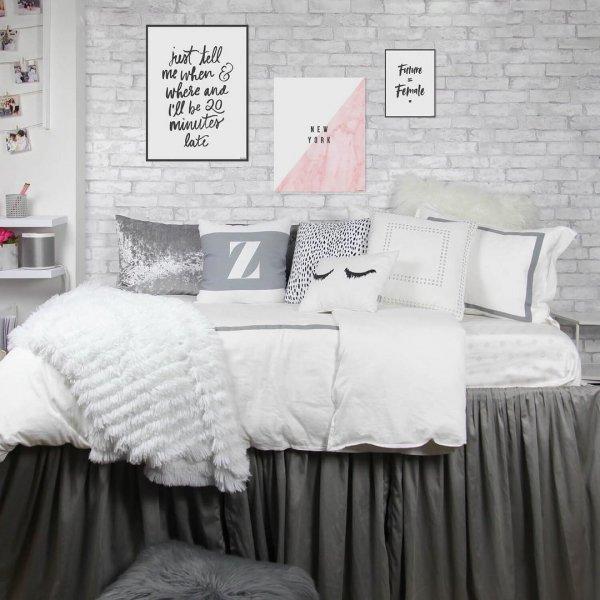 bed frame, duvet cover, furniture, bed sheet, bed,