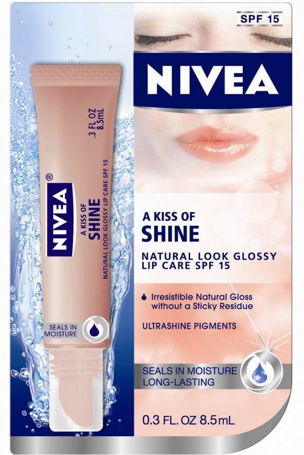 NIVEA a Kiss of Shine Natural Glossy Lip Care