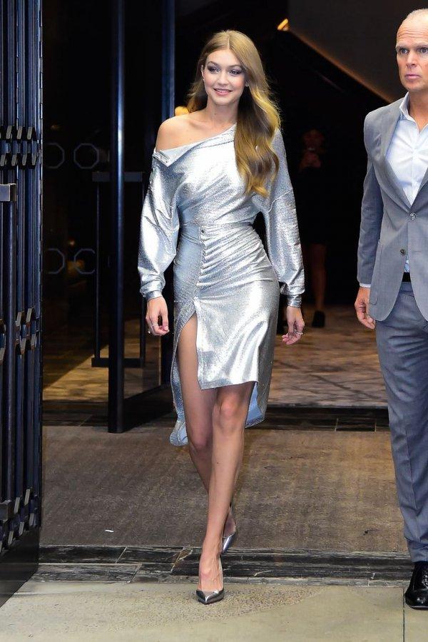 Fashion model, Clothing, Fashion, Shoulder, Fashion show,