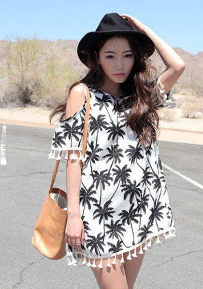 clothing,sleeve,fashion,dress,outerwear,