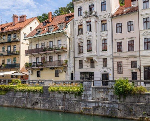waterway, property, town, neighbourhood, apartment,