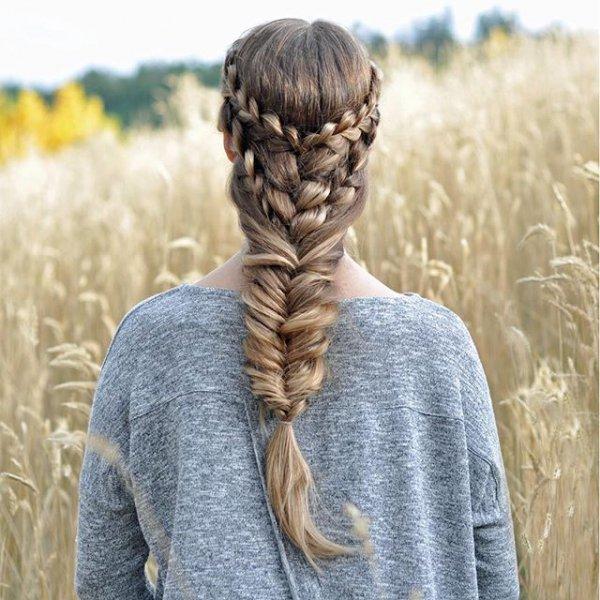 clothing, hair, hairstyle, long hair, knit cap,